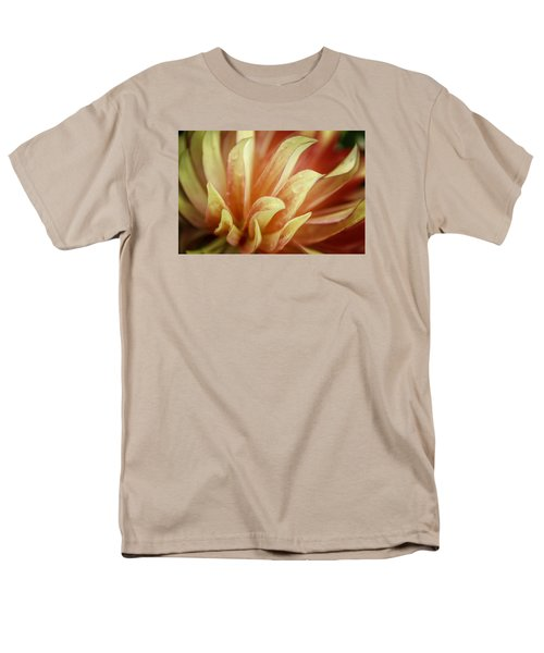Flaming Dahlia Men's T-Shirt  (Regular Fit)