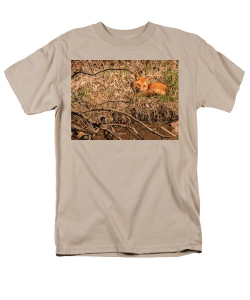 Men's T-Shirt  (Regular Fit) featuring the photograph Fox  by Edward Peterson