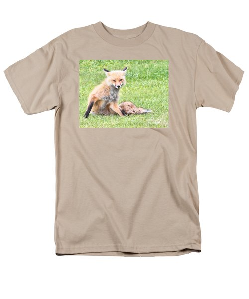 Men's T-Shirt  (Regular Fit) featuring the photograph Foxy by Debbie Stahre