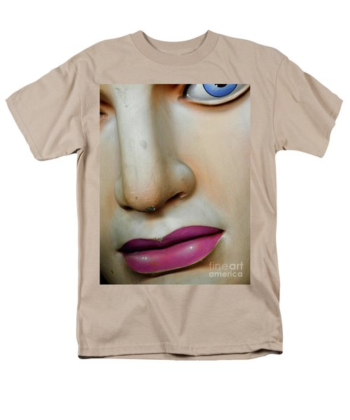 Men's T-Shirt  (Regular Fit) featuring the photograph Her Face by Valerie Reeves