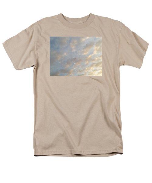 Jonathan Livingston Seagull Men's T-Shirt  (Regular Fit) by LeeAnn Kendall