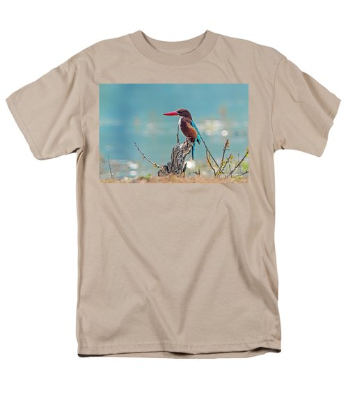 Kingfisher On A Stump Men's T-Shirt  (Regular Fit) by Pravine Chester
