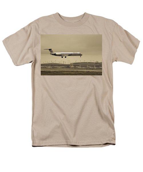 Landing At Dfw Airport Men's T-Shirt  (Regular Fit) by Douglas Barnard
