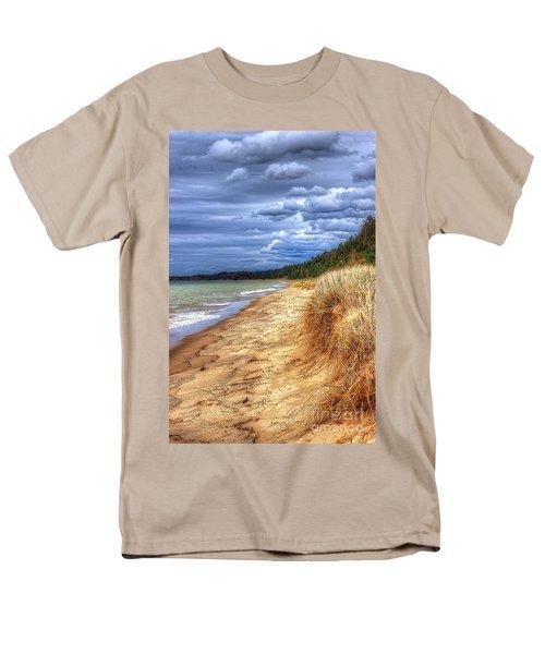Magoon Creek North Men's T-Shirt  (Regular Fit) by Randy Pollard