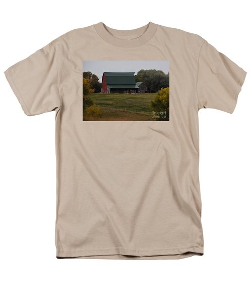 Men's T-Shirt  (Regular Fit) featuring the photograph Nebraska Barn by Mark McReynolds