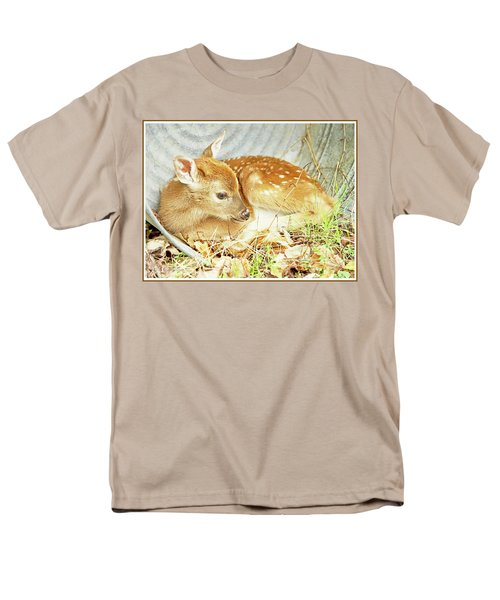 Newborn Fawn Takes Shelter In An Old Washtub Men's T-Shirt  (Regular Fit) by A Gurmankin