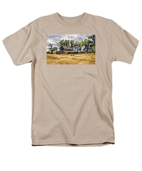 Old House And Barn Men's T-Shirt  (Regular Fit) by James Steele