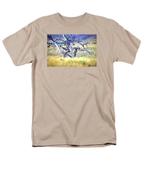 Out Standing In My Field Men's T-Shirt  (Regular Fit)