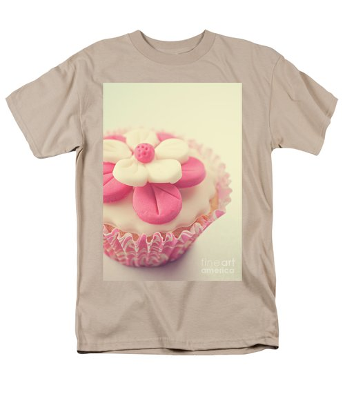 Men's T-Shirt  (Regular Fit) featuring the photograph Pink Cupcake by Lyn Randle