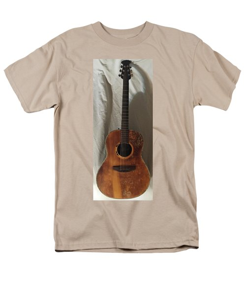 Rat Guitar Men's T-Shirt  (Regular Fit) by Steve  Hester