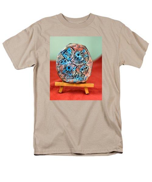 Remendando Heridas... Men's T-Shirt  (Regular Fit) by Edgar Torres