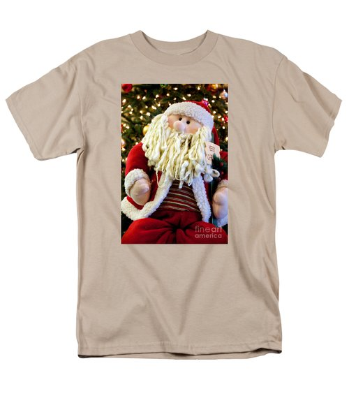 Men's T-Shirt  (Regular Fit) featuring the photograph Santa Takes A Seat by Vinnie Oakes
