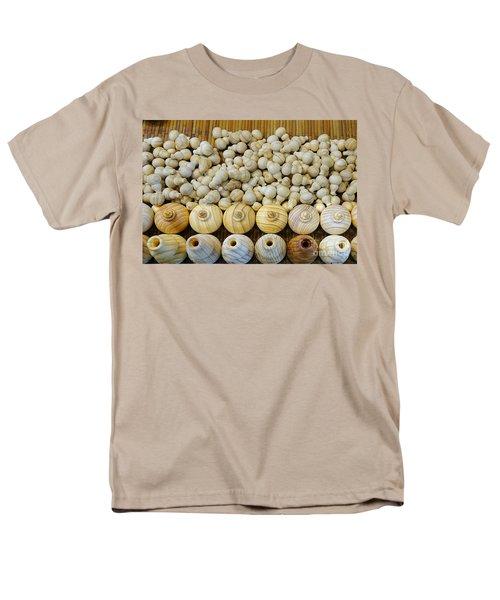 Small Wooden Flasks Men's T-Shirt  (Regular Fit)