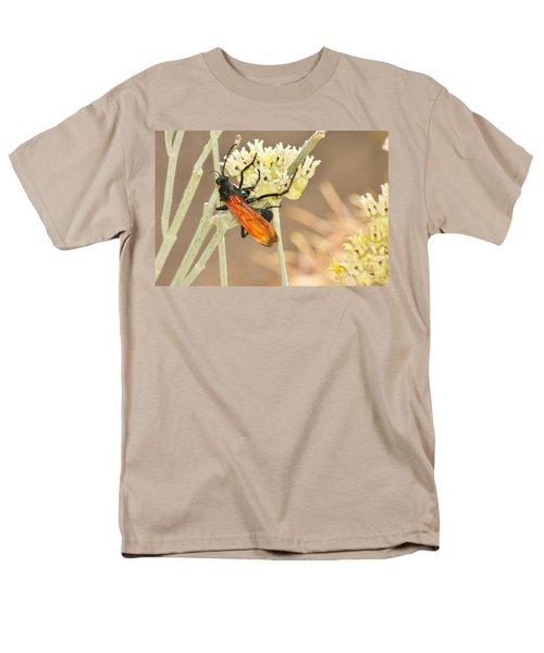 Tarantula Hawk Men's T-Shirt  (Regular Fit) by Sean Griffin