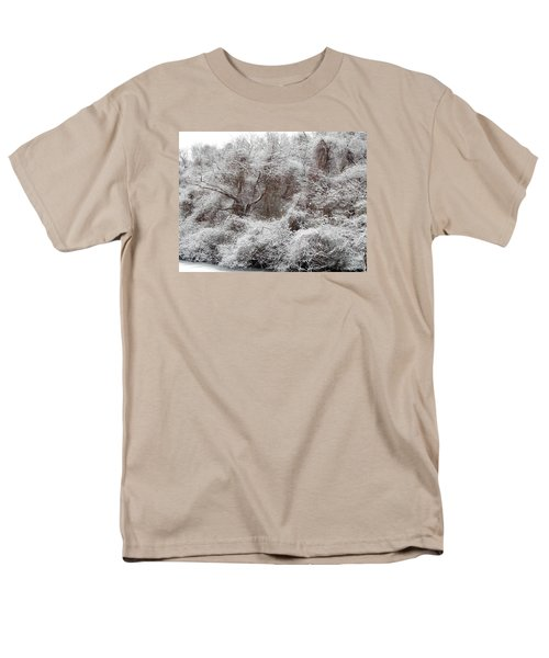 Men's T-Shirt  (Regular Fit) featuring the photograph The Forest Hush by Lynda Lehmann