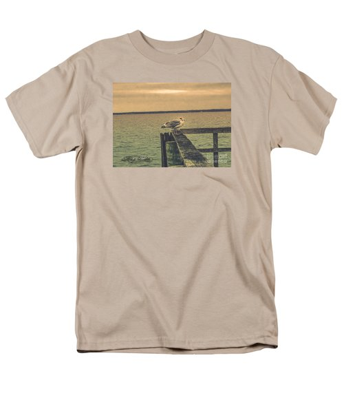 Men's T-Shirt  (Regular Fit) featuring the photograph The Loner by Melissa Messick