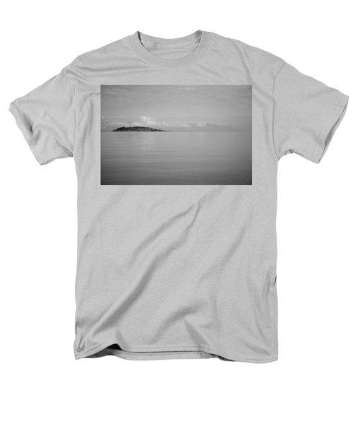 Be Still My Ocean  Men's T-Shirt  (Regular Fit) by Roxy Hurtubise