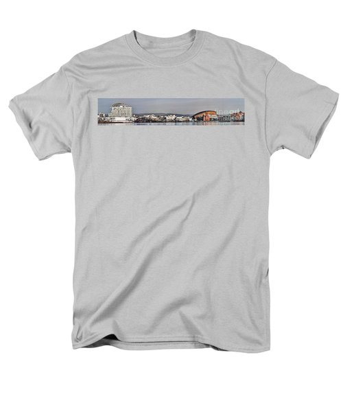 Cardiff Bay Panorama 2 Men's T-Shirt  (Regular Fit)