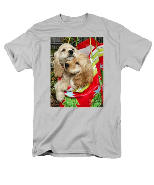 Men's T-Shirt  (Regular Fit) featuring the photograph Christmas Shopping by Sami Martin