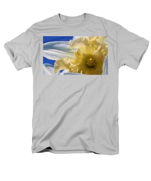 Men's T-Shirt  (Regular Fit) featuring the photograph Daffodil In The Sun by Bruce Bley