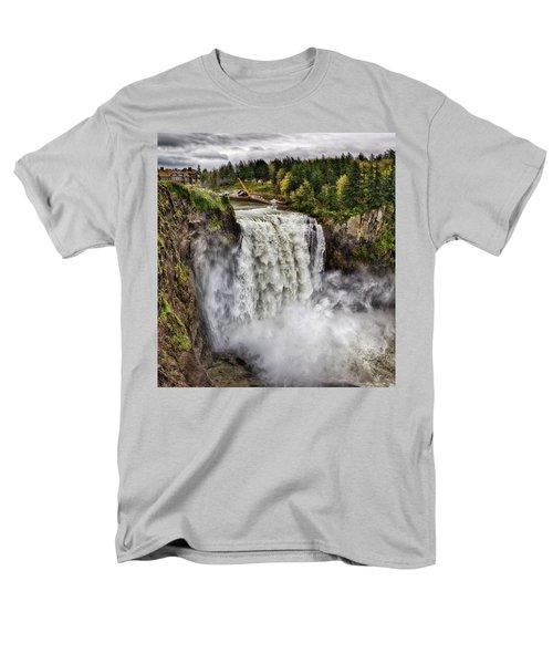 Falls In Love Men's T-Shirt  (Regular Fit)