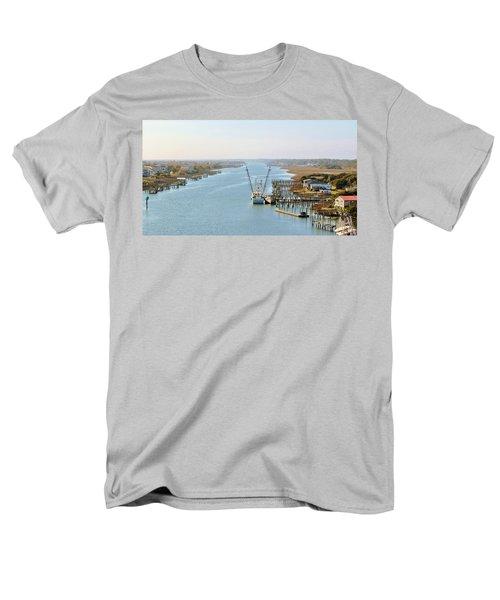 Holden Beach In Nc Men's T-Shirt  (Regular Fit)