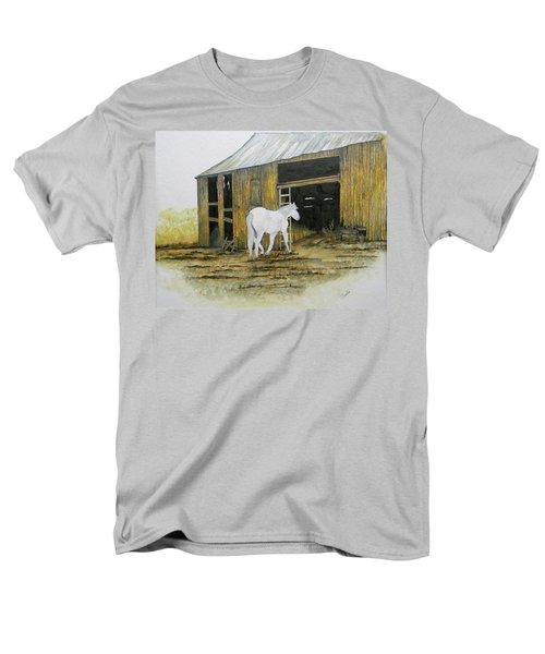 Horse And Barn Men's T-Shirt  (Regular Fit)