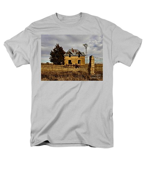 Men's T-Shirt  (Regular Fit) featuring the photograph Kansas Castle 1 by Lynne Wright