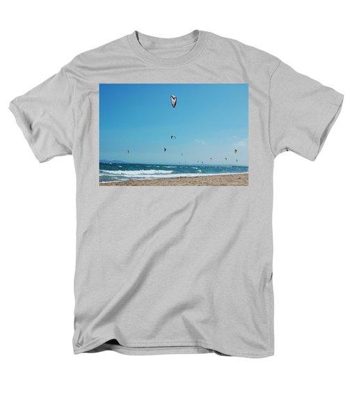 Kitesurf Lovers Men's T-Shirt  (Regular Fit) by Gina Dsgn