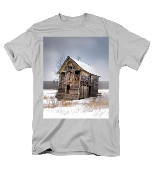 Portrait Of An Old Shack - Agriculural Buildings And Barns Men's T-Shirt  (Regular Fit)