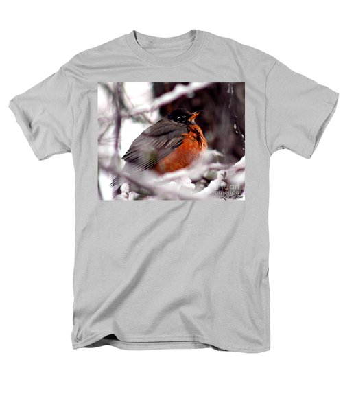 Men's T-Shirt  (Regular Fit) featuring the photograph Robins' Patience by Lesa Fine