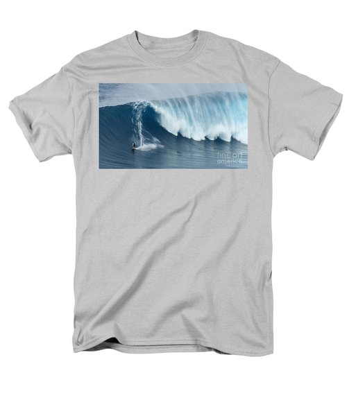 Surfing Jaws 5 Men's T-Shirt  (Regular Fit) by Bob Christopher