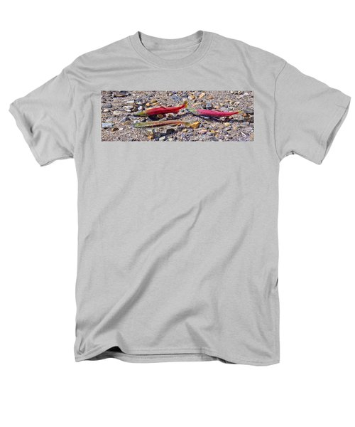 Men's T-Shirt  (Regular Fit) featuring the photograph The Interloper by Jim Thompson
