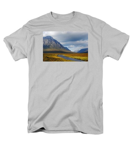 Men's T-Shirt  (Regular Fit) featuring the photograph The River Runs Through It by Wendy Wilton