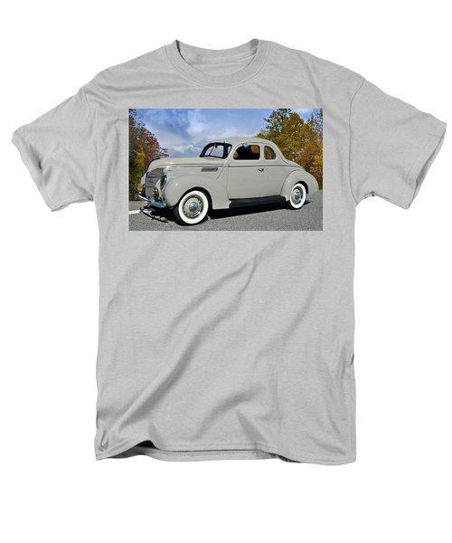 Vintage Ford Men's T-Shirt  (Regular Fit) by Susan Leggett