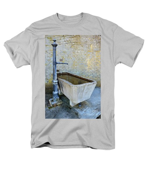 Vintage Fountain Men's T-Shirt  (Regular Fit) by Felicia Tica