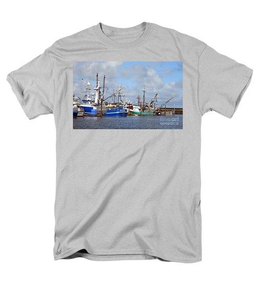 Westport Fishing Boats 2 Men's T-Shirt  (Regular Fit)
