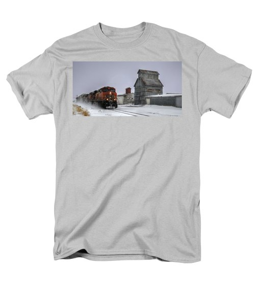 Winter Mixed Freight Through Castle Rock Men's T-Shirt  (Regular Fit) by Ken Smith