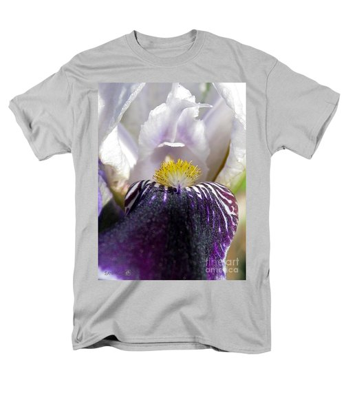 Men's T-Shirt  (Regular Fit) featuring the photograph Miniature Tall Bearded Iris Named Consummation by J McCombie