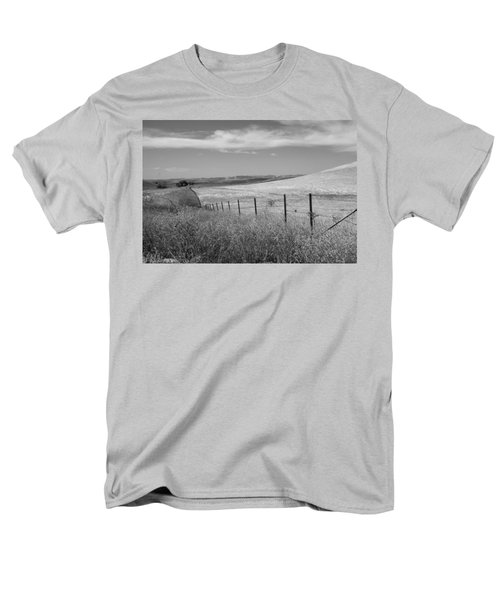 Men's T-Shirt  (Regular Fit) featuring the photograph Along The Line by Kathleen Grace