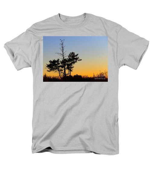 Men's T-Shirt  (Regular Fit) featuring the photograph Out On A Limb by Davandra Cribbie