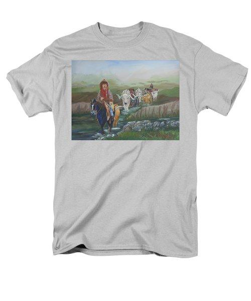 Along The Bozeman Trail Men's T-Shirt  (Regular Fit)