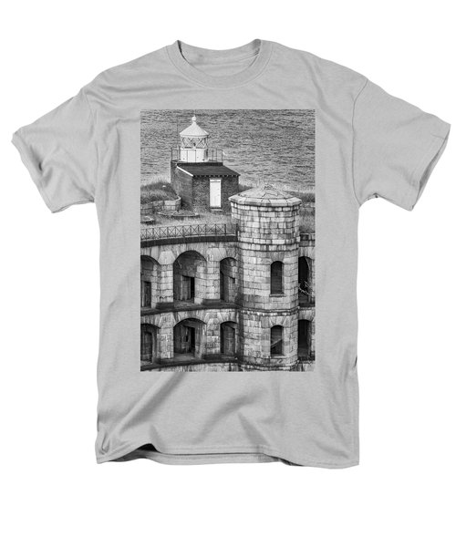 Men's T-Shirt  (Regular Fit) featuring the photograph Battery Weed At Fort Wadsworth Nyc by Susan Candelario