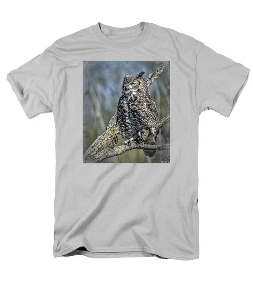 Men's T-Shirt  (Regular Fit) featuring the photograph Great Horned Owl by Elaine Malott