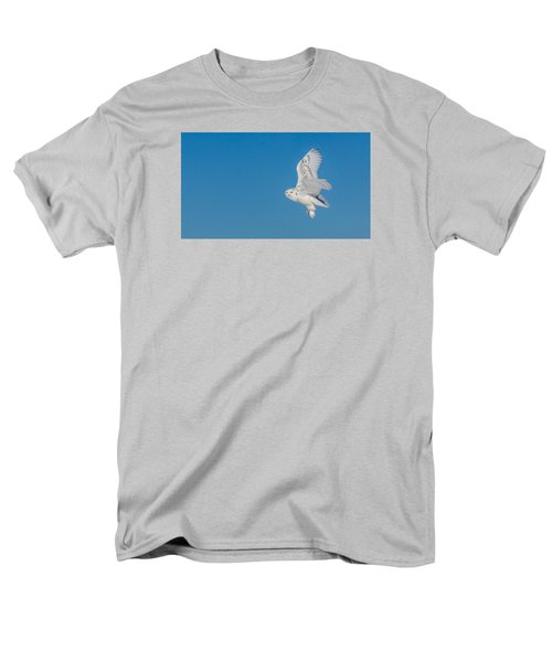 Snowy Owl Men's T-Shirt  (Regular Fit) by Dan Traun