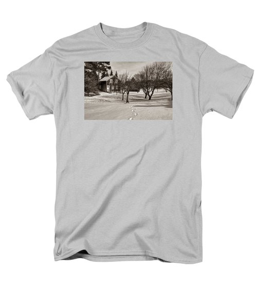 Men's T-Shirt  (Regular Fit) featuring the photograph A Path To Home by Janice Adomeit