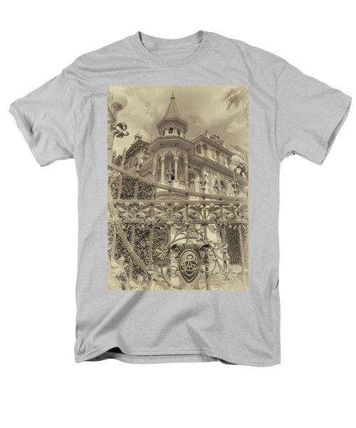 Albert Chamas Villa Men's T-Shirt  (Regular Fit)