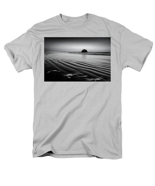 Men's T-Shirt  (Regular Fit) featuring the photograph An Oregon Morning by Jon Glaser