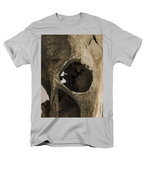 Skully Men's T-Shirt  (Regular Fit) by Samantha Thome