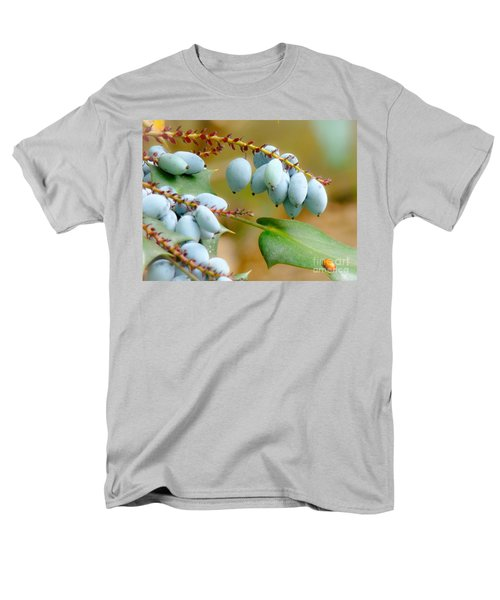 Men's T-Shirt  (Regular Fit) featuring the photograph Berrylicious  by Rand Herron